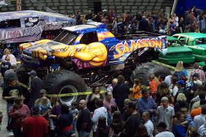 samson-monster-truck-champaign-2009-002