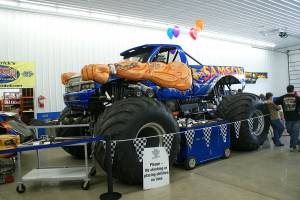 samson-monster-truck-open-house-2011-002
