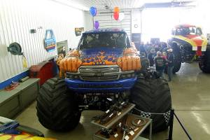 samson-monster-truck-open-house-2011-009