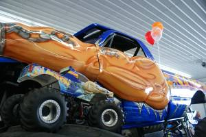 samson-monster-truck-open-house-2011-013