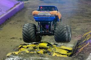 samson-monster-truck-columbus-2014-0121