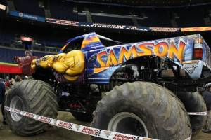 samson-monster-truck-columbus-2011-001