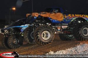samson-monster-truck-charlotte-2011-016