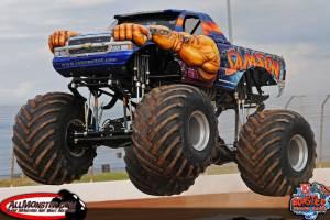 samson-monster-truck-charlotte-2013-0101