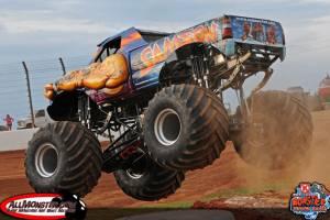 samson-monster-truck-charlotte-2013-0111