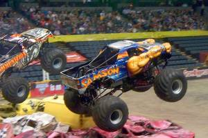 samson-monster-truck-grand-rapids-2011-002