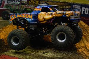 samson-monster-truck-milwaukee-2010001