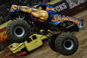 samson-monster-truck-milwaukee-2010003