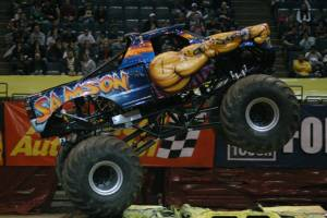 samson-monster-truck-milwaukee-2010004
