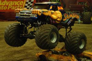 samson-monster-truck-milwaukee-2010008