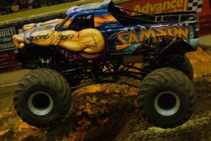samson-monster-truck-milwaukee-2010009