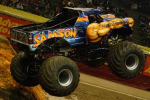 samson-monster-truck-milwaukee-2010010