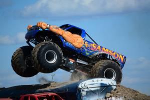 samson-monster-truck-mt-pleasant-2014-011