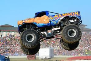 samson-monster-truck-mt-pleasant-2014-016