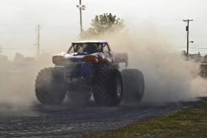samson-monster-truck-bowling-green-2014-005