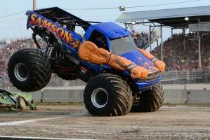 samson-monster-truck-bowling-green-2014-015