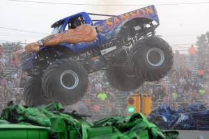 samson-monster-truck-bowling-green-2014-016