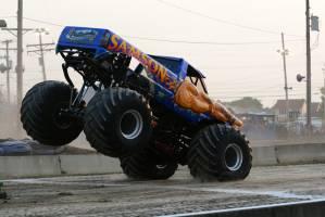 samson-monster-truck-bowling-green-2014-017
