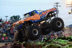 samson-monster-truck-bowling-green-2014-019