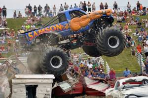 samson-monster-truck-mount-pleasant-2012-0031