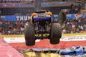 samson-monster-truck-oklahoma-city-2011-005