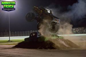 samson-monster-truck-schereville-2013-0031