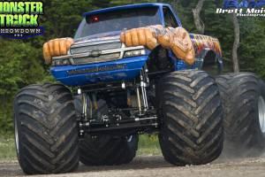 samson-monster-truck-st-ignace-2014-006