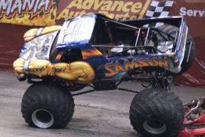 samson-monster-truck-uniondale-2011-009